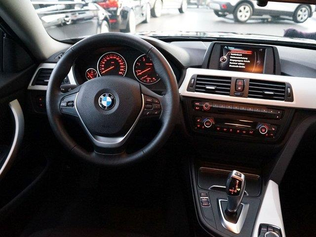 BMW 4 SERIES (06/2016) - black - lieu: